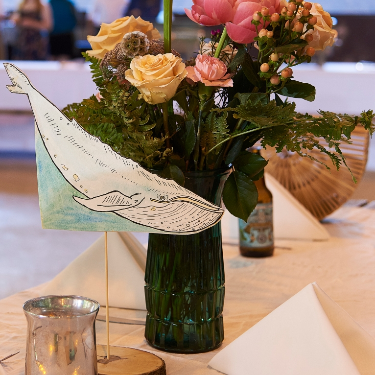 bluewhale table decor